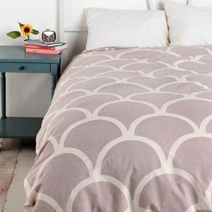 Twin XL Stamped Scallop Pattern Duvet Cover Taupe